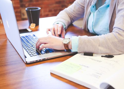 Kiedy przedsiębiorca może uzyskać oddłużenie w postępowaniu upadłościowym?